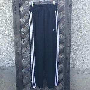 Adidas blck w/ whte stripe windbreaker pants lined